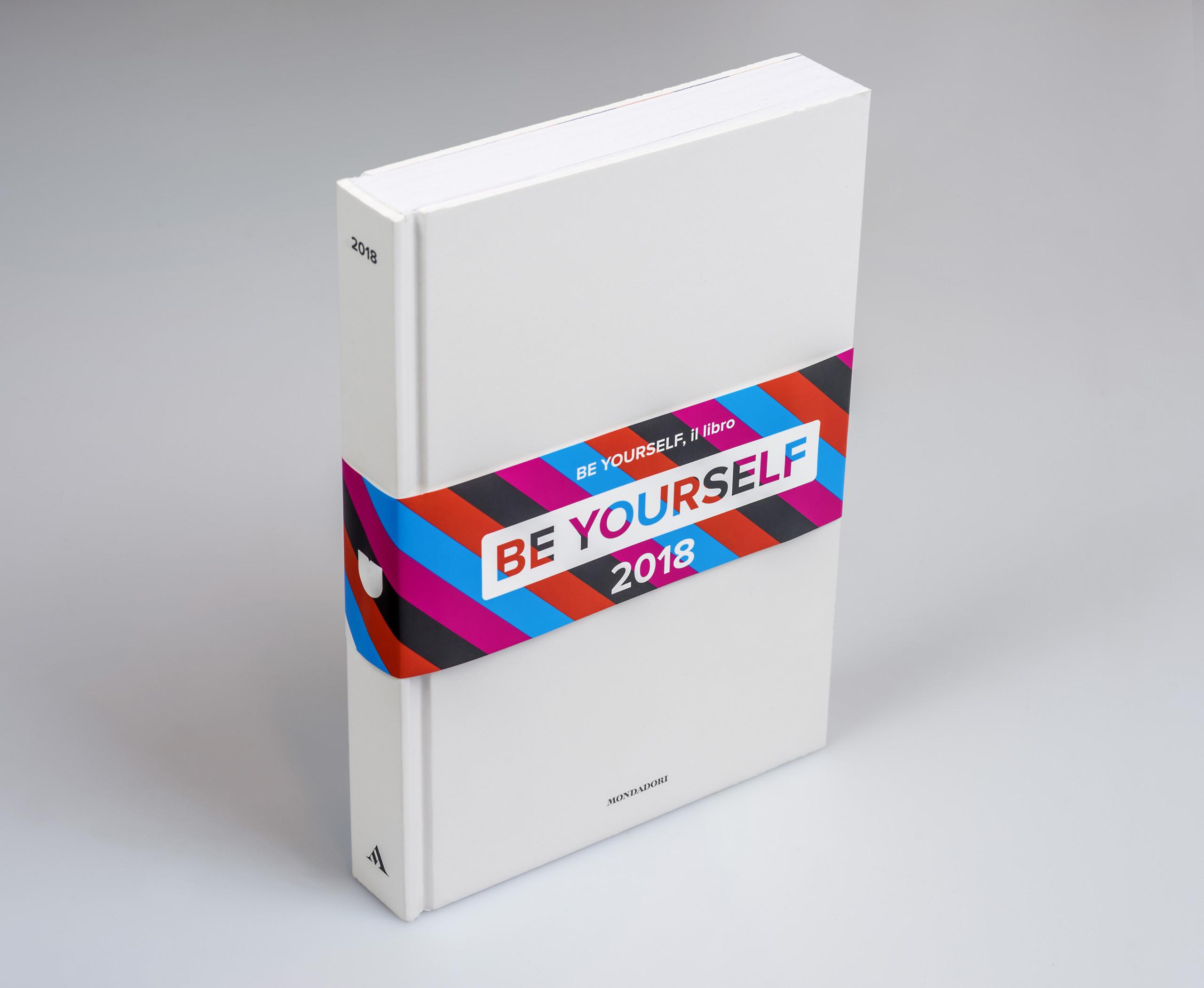 BE YOURSELF, il libro